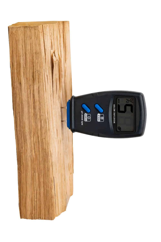 Pyroclassic Moisture Meter measuring wood moisture